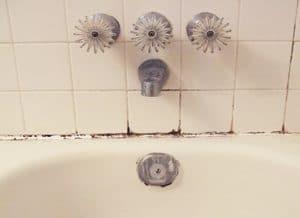 a ration salle de bain comment lutter contre l 39 humidit. Black Bedroom Furniture Sets. Home Design Ideas
