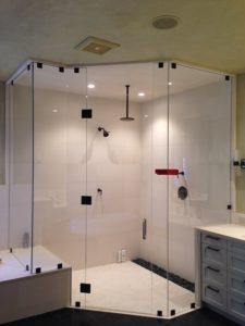 Remplacer une baignoire par une douche à l'italienne